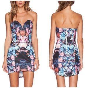Dresses & Skirts - West LA Tropical print mini dress
